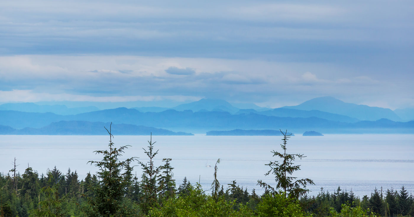 A view of the ocean on the West Coast.